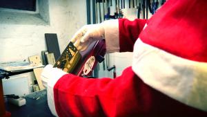 12_Christmas_Card_Sanding_Edges